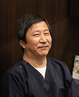 歯科医師 浅丘 裕次