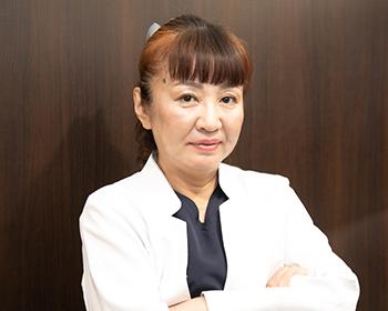 歯科医師 中村 優子